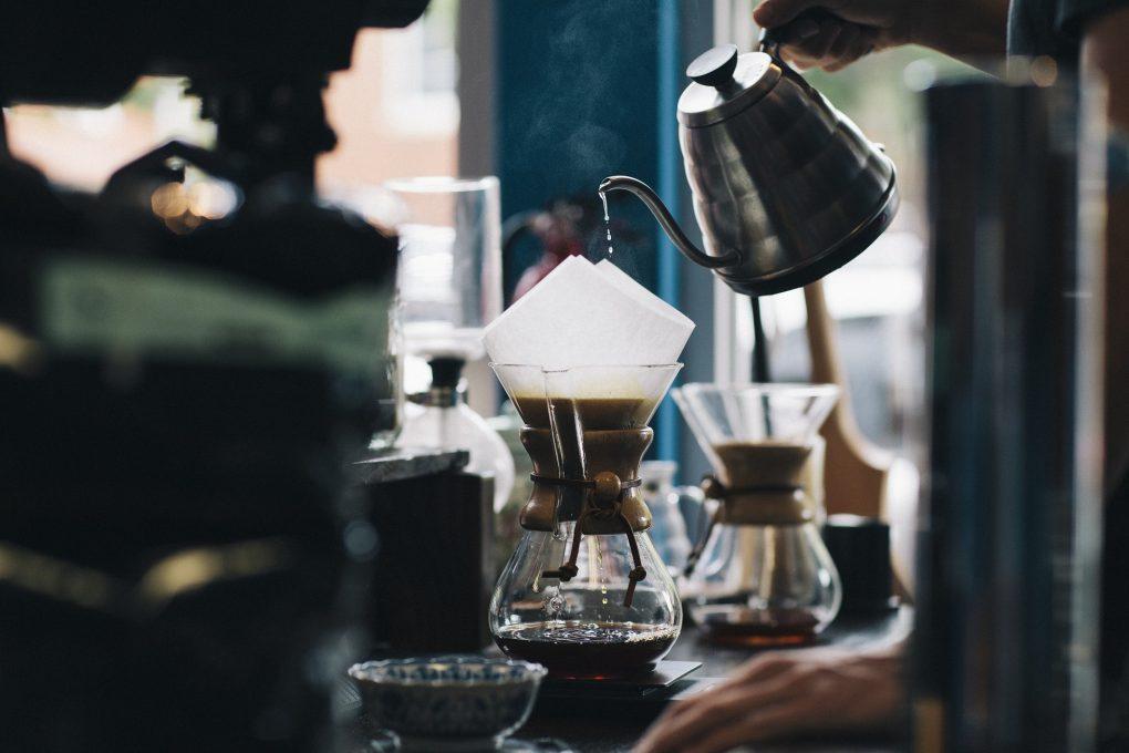 parzenie kawy chemex